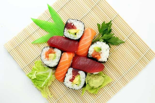 sushi 373588 640